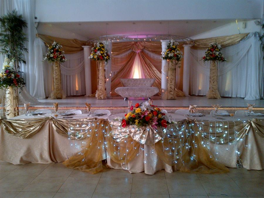 Gallery Barron S Estate And Caterers